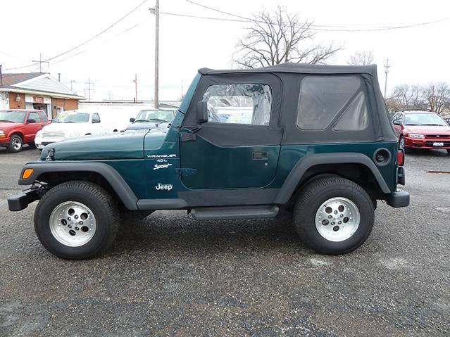 krug auto sales 1998 jeep wrangler sport 4x4. Black Bedroom Furniture Sets. Home Design Ideas