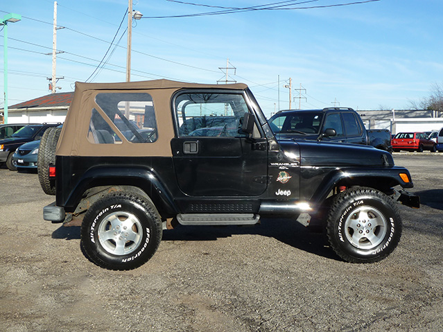 krug auto sales 1999 jeep wrangler sahara 4x4. Black Bedroom Furniture Sets. Home Design Ideas
